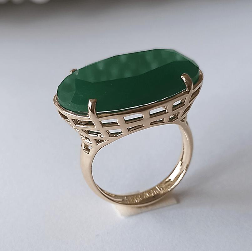 Anel cristal verde esmeralda oval 25x18mm - Modelo Xadrez