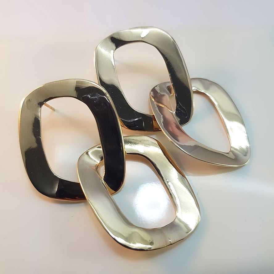 brinco argola dourada dupla - elos entrelaçados