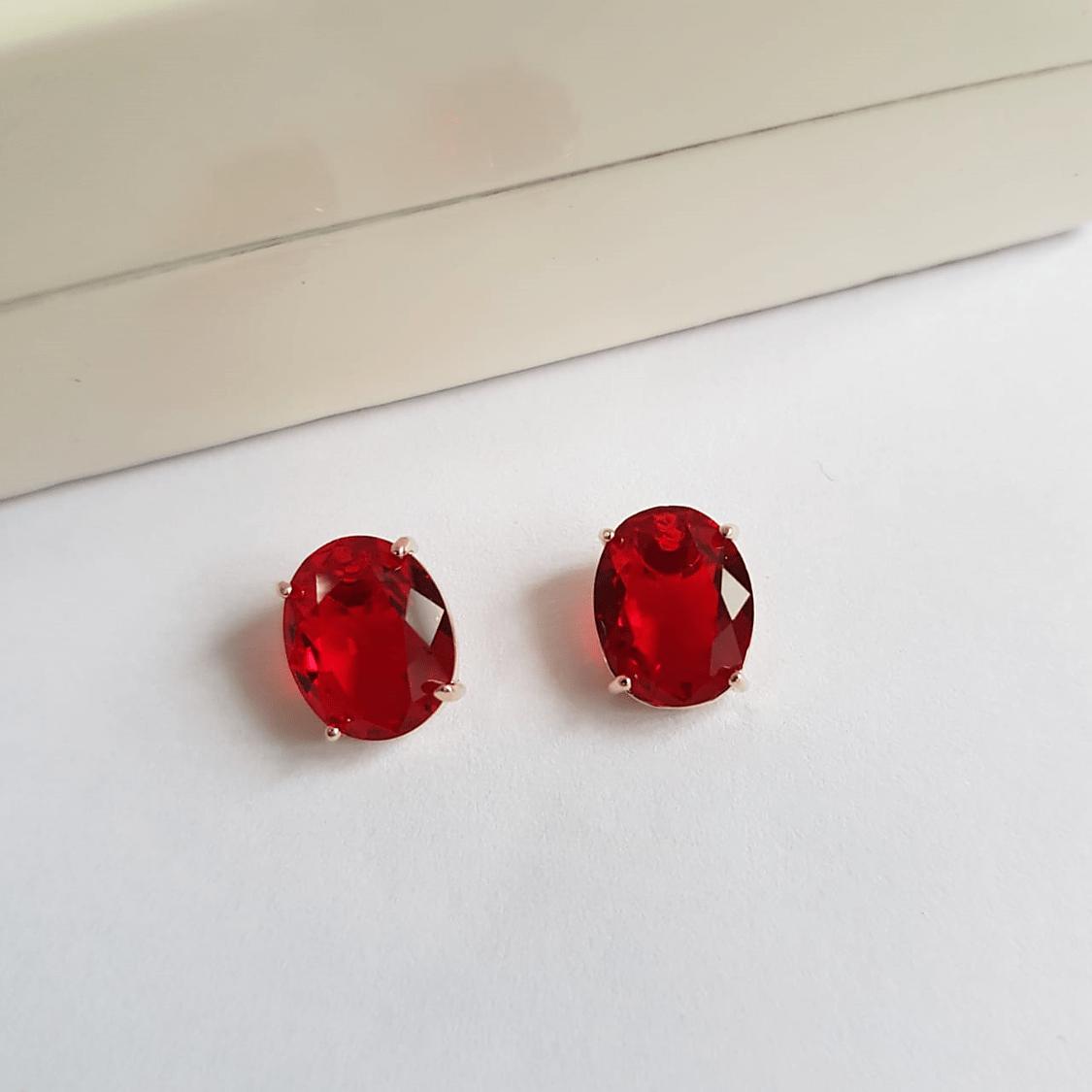 Brinco botão cristal vermelho rubi-oval 8 x10mm