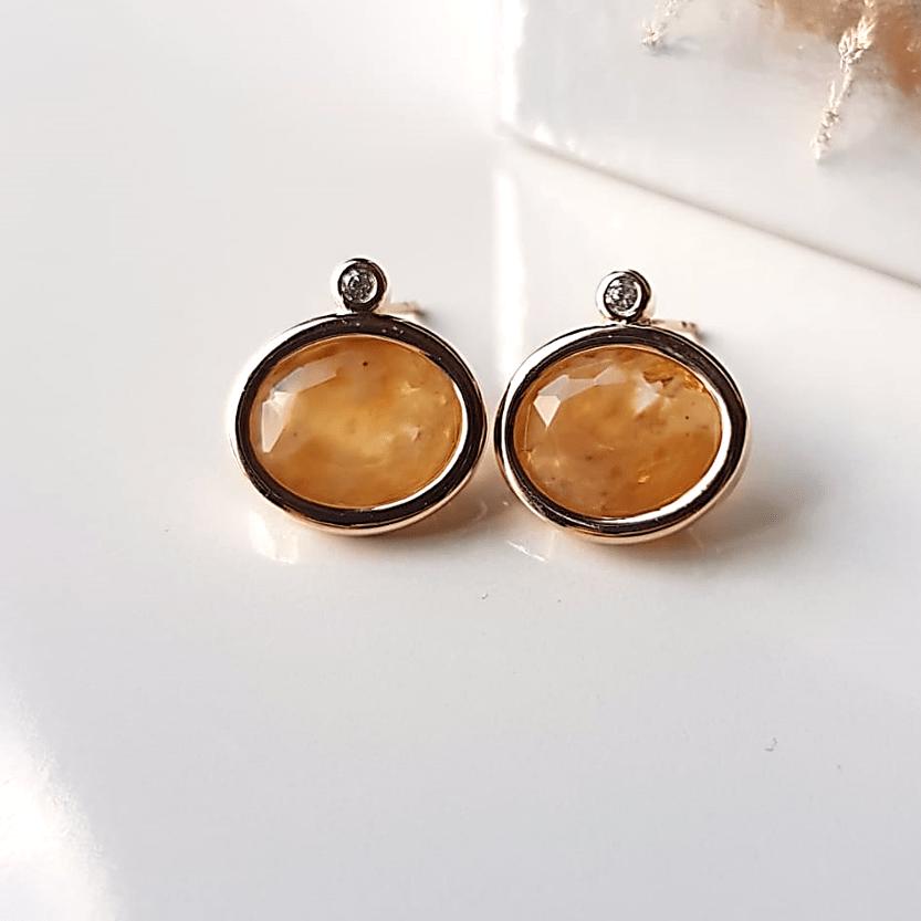 Brinco botão cristal rutilo e zircônia-oval  10x12mm