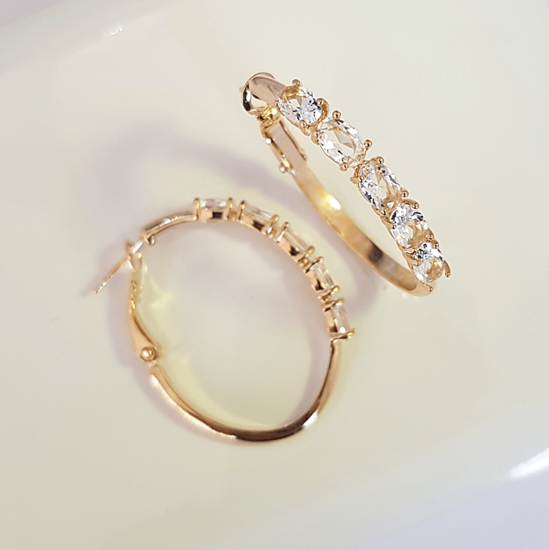 Brinco de argola cristais white - modelo Camilla
