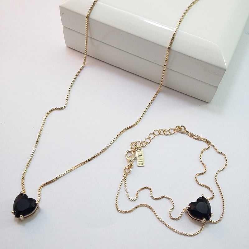 conjunto colar curto com pingente cristal coração preto e pulseira