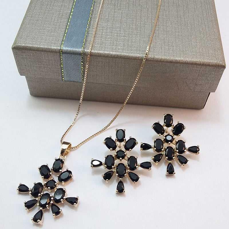 Conjunto colar e brinco cristal preto