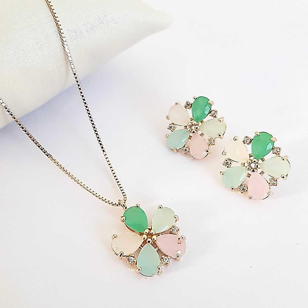 2-Conjunto delicado com flores de cristais multicolor