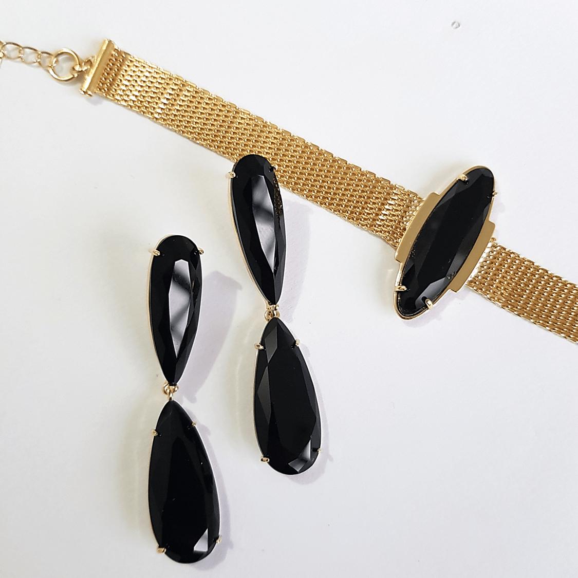 Conjunto de cristais preto ônix - pulseira e brinco alongado