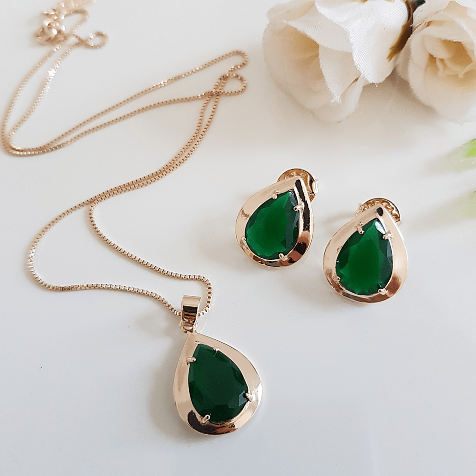 1-Conjunto semijoia de cristais verde floresta  - colar curto e brinco
