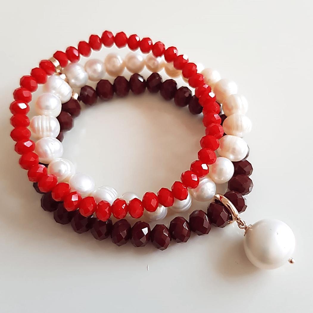 1-Pulseira 3 voltas de pérolas, cristais vermelho e pingente