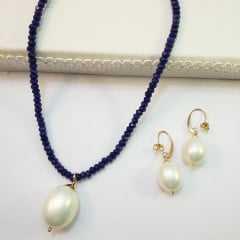Conjunto de colar pedra natural azul safira e brinco de pérola