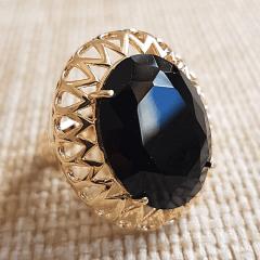Anel cristal preto ônix oval 15x20mm , com borda em desenho gotas vazadas