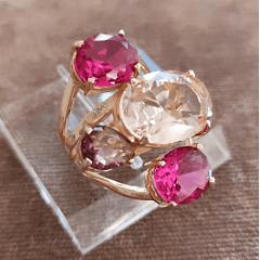 Anel de cristais multicolor