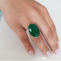 Anel cristal verde esmeralda oval - 25x18mm - Modelo Desiree