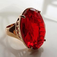 Anel cristal vermelho rubi  oval 25x18mm - Modelo Dama