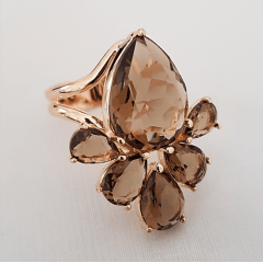 anel Della Flora cristais cor fumê