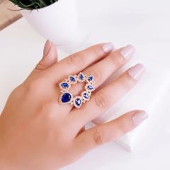 Anel linha Premium com brinco botão - zircônias e cristais azul safira