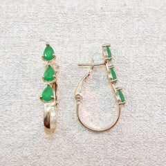 brinco argola - com 3 cristais gota cor verde esmeralda