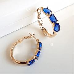 Brinco argola com cristal oval azul safira