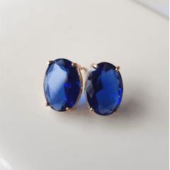 Brinco botão oval de cristal azul safira 10x14mm