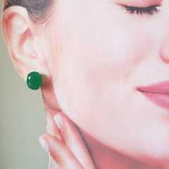 Brinco botão cristal verde esmeralda-oval 10x12mm