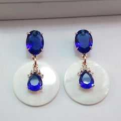 Brinco cristal azul com madrepérola