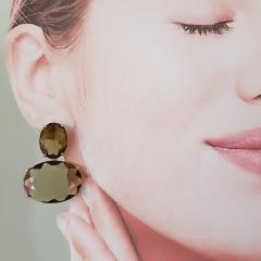 Brinco de cristal oval verde oliva