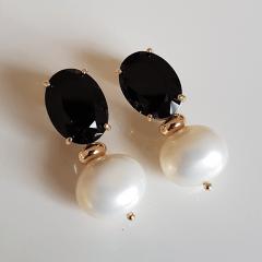 2-Brinco de pérola shell com cristal preto ônix