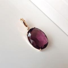 Pingente oval de cristal cor uva