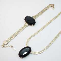 colar curto de corrente malha fita com centro cristal oval