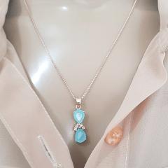 1-Conjunto Bella de cristais gota azul leitoso - colar e brinco