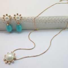 Conjunto colar e par de brincos- mabe e zircônia