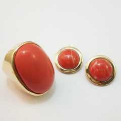 Brinco e anel de resina cabochão e brinco - cor coral: conjunto
