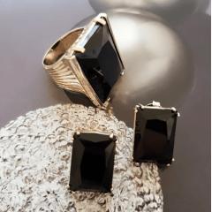 Conjunto anel e brinco cristais cor ônix formato retangular