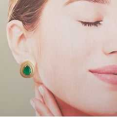 Conjunto colar curto e brinco de cristal vede esmeralda