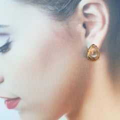 1-Conjunto colar e brinco cristal na cor golden shades