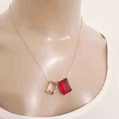 Conjunto colar e brinco de cristais baguete vermelho rubi e champanhe