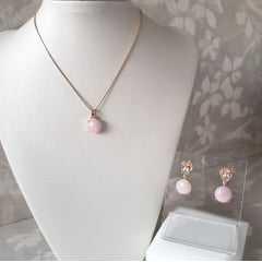 Colar curto e brinco de quartzo rosa