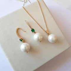Conjunto colar e brinco pérola shell , cristal e zircônias