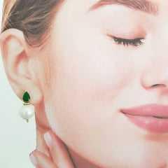 Conjunto colar e brinco pérola shell e cristal verde esmeralda