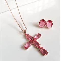 1-Conjunto com cruz , colar e brinco de cristais rosa turmalina