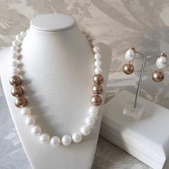 1-Conjunto de pérolas shell - colar + brinco