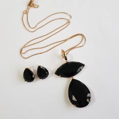 Conjunto cristal preto ônix  colar longo + brinco
