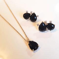Conjunto Daily - pedra cristal preto ônix e zircônias - colar curto e brinco -1
