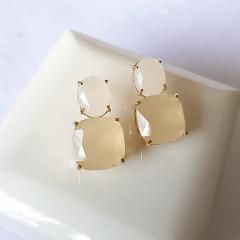 conjunto pedras naturais -colar longo delicado e brinco