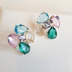 Conjunto de cristais multicolor colar e brinco - formato flor  1