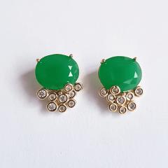 Conjunto de cristal verde esmeralda e zircônias