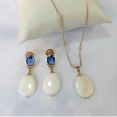 Conjunto de madre pérola, cristal e zircônias