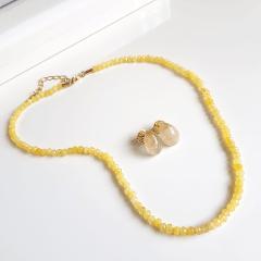 Conjunto Lady de pedras naturais quartzo amarelo e pedra natural rutilada - colar e brinco