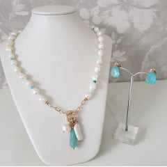 Conjunto pérolas, corrente cartier e cristais - colar e brinco