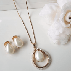 2-Conjunto pérola shell com bordado-  colar e brinco
