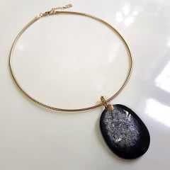 Conjunto Singular - pedra natural drusa ágata negra - colar e anel  - modelo 1