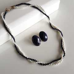 1-Conjunto torsade de pérolas e pedra estrela- colar e brinco